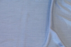 Blød bluse-viscose  meget smalstribet marine/hvid