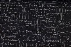 Sort bomuld med matematik-motiver