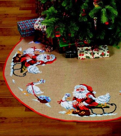 Stort juletræstæppe med stor Nisse og Gås