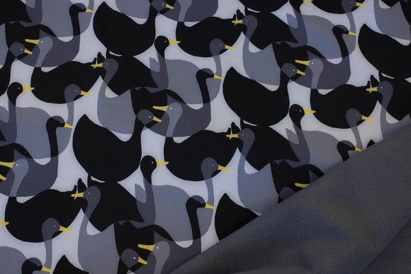 Grå og sort Softshell med ca. 8 cm fugle og koksgrå fleecebagside