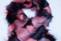 Imiteret pelsstykke rosa farver ca. 20 x 150 cm