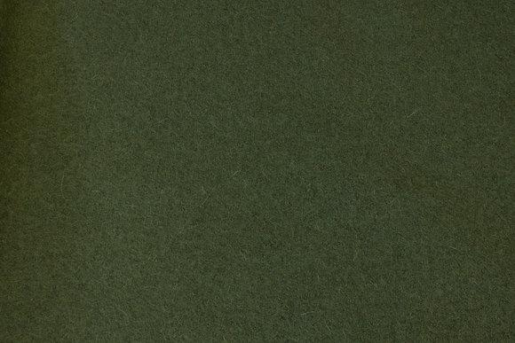 Olivengrøn uldbouclé