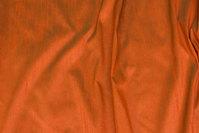 Rust changerende, imiteret thaisilke i polyester.