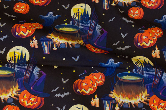 Sort Halloween poplin med spøgelser og græskar