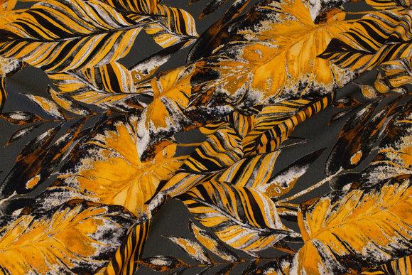 Flot koksgrå viscosejersey med gyldne blade