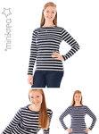 Dejlig enkel T-Shirt med rund båd hals, lange ærmer og tætsiddende pasform.