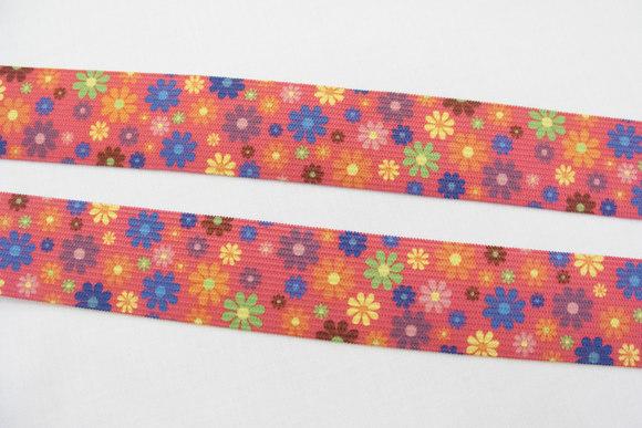 Pink elastik med blomster 2,9cm