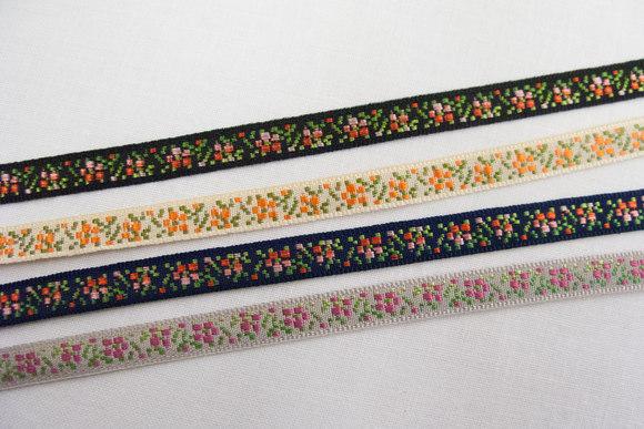 Søde blomstrede bånd 0,6cm