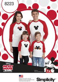 Langærmede t-shirts med Disney motiver. Simplicity 8223.
