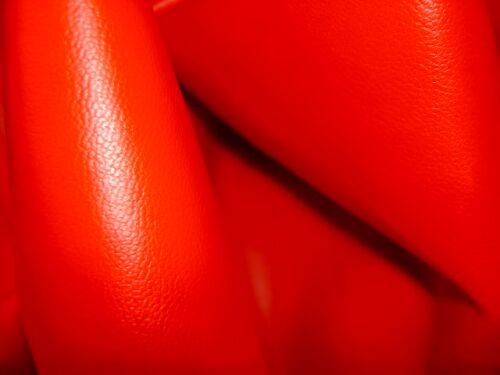 Flot ferrarirød imiteret lædervare