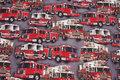 Grå bomuldsjersey med flotte røde brandbiler.