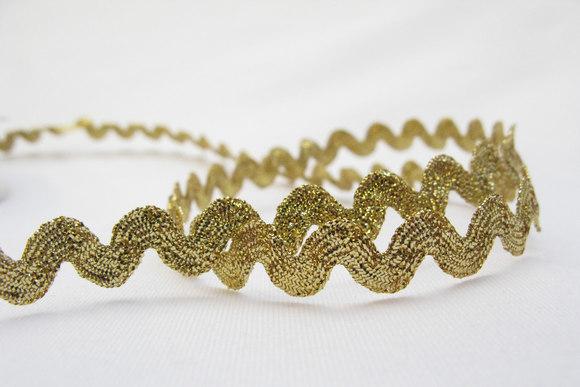 Guld zig-zag bånd 10 mm bred