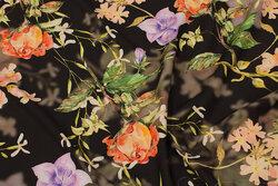 Mat sort, let micro-polyester med stræk med orange og lyslilla blomster